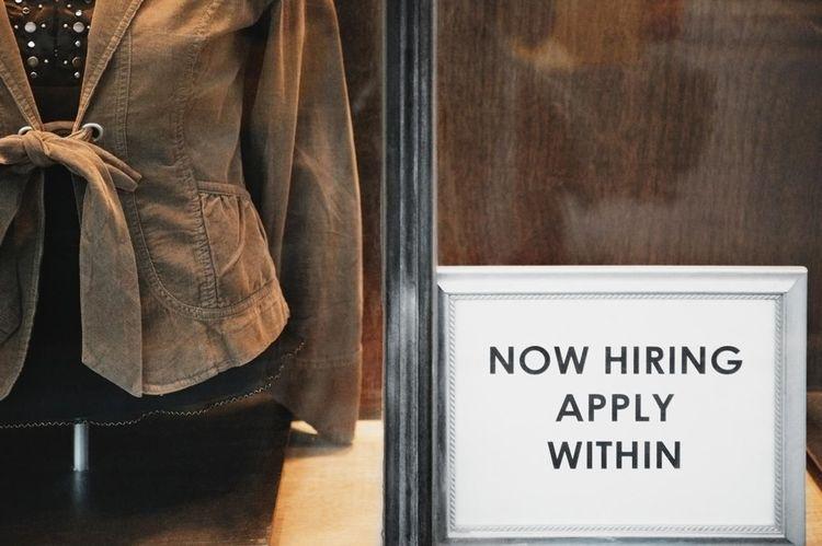 Best Alternate Internet Job Search Resources for Retail Jobs
