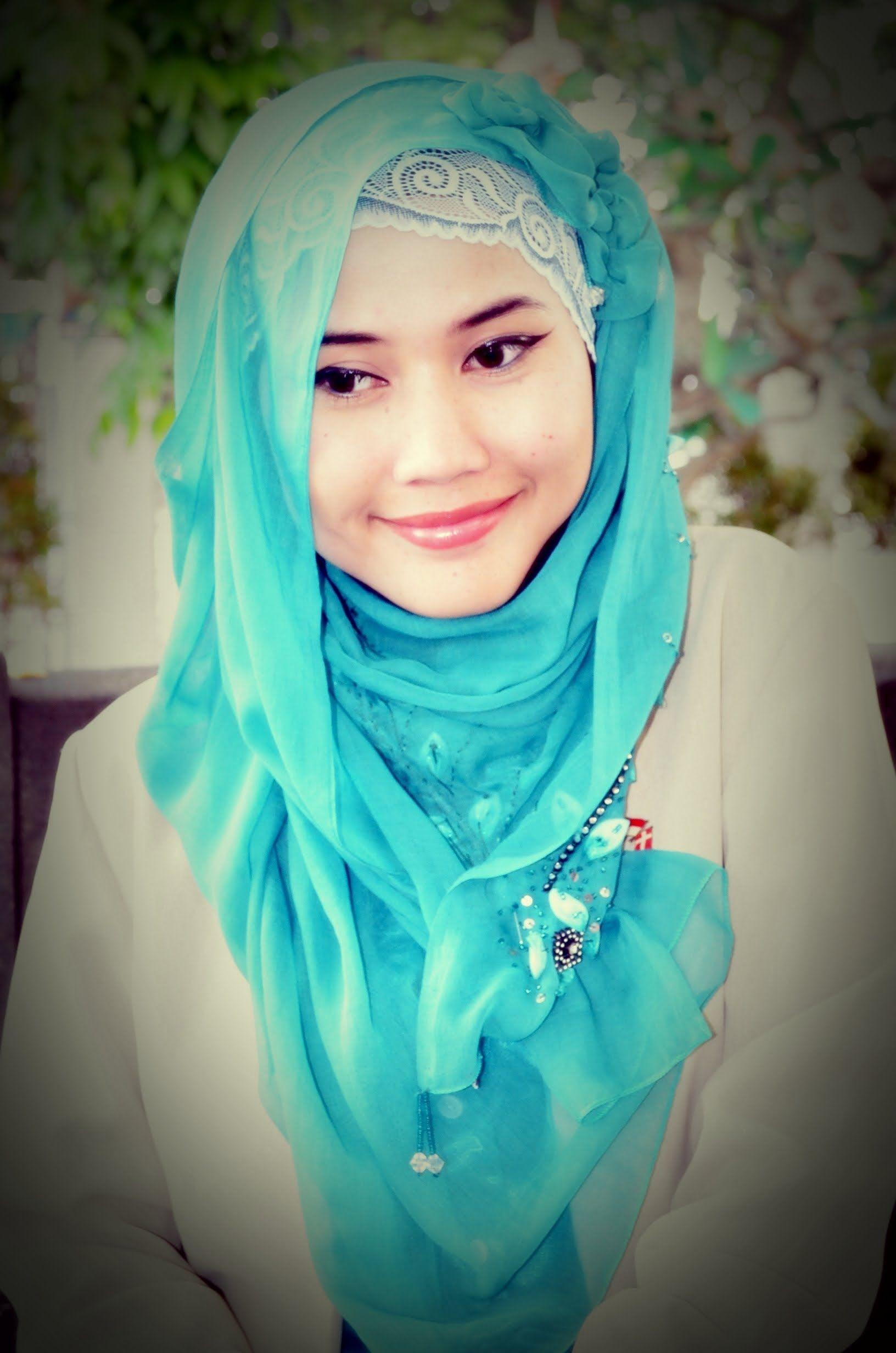 6 Keren Tutorial Hijab Segi Empat Wardah Untuk Casual Tutorial