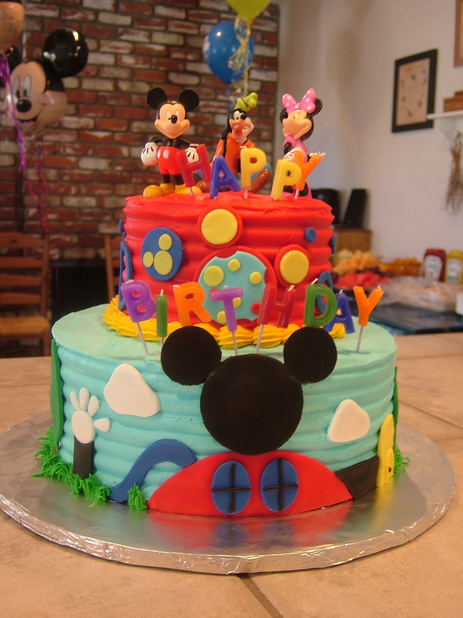 Mickey Mouse Clubhouse Cake With Images Mickey Mouse