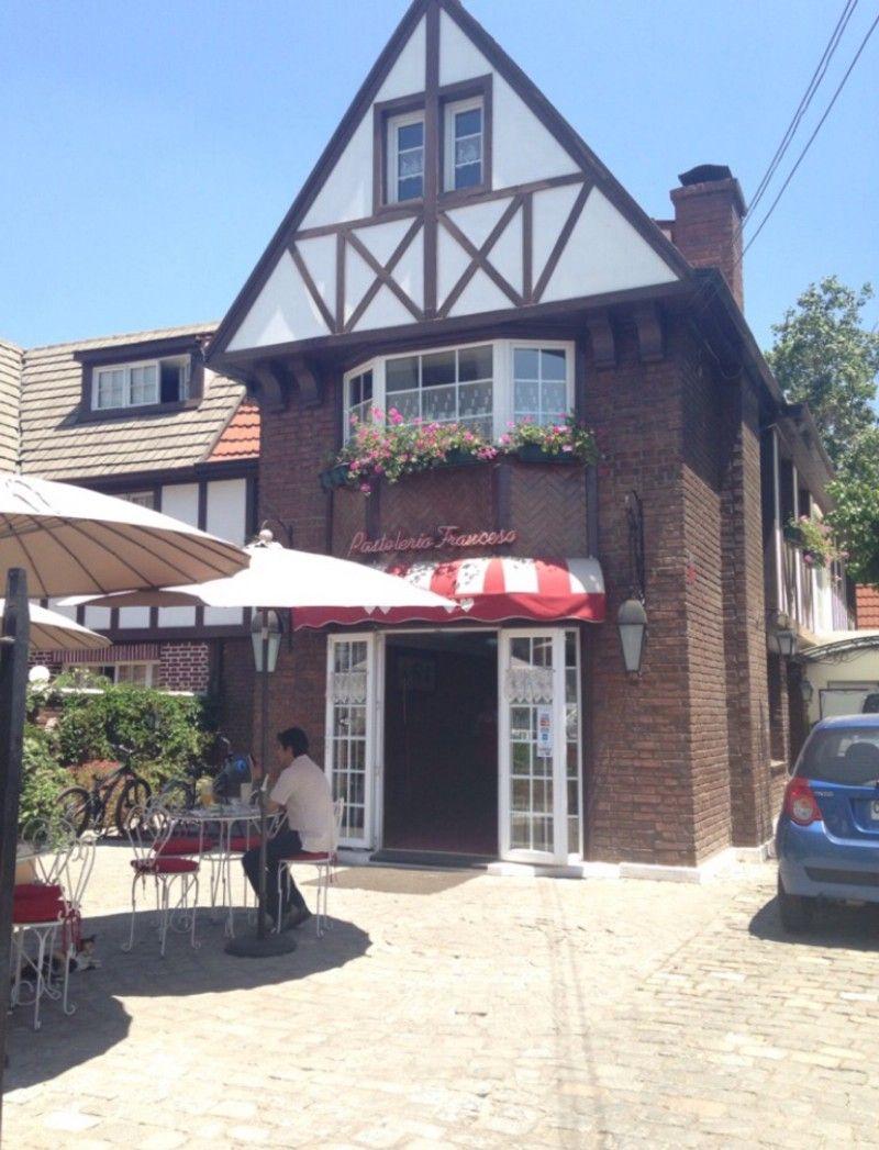 Lugares: Pastelería Francesa — Medium