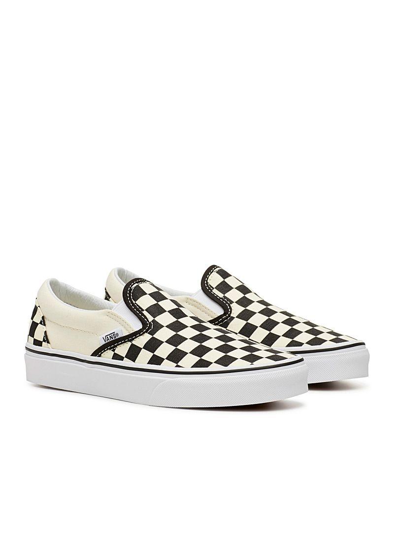 Checkerboard slip ons Women   Chaussure sneakers, Chaussure