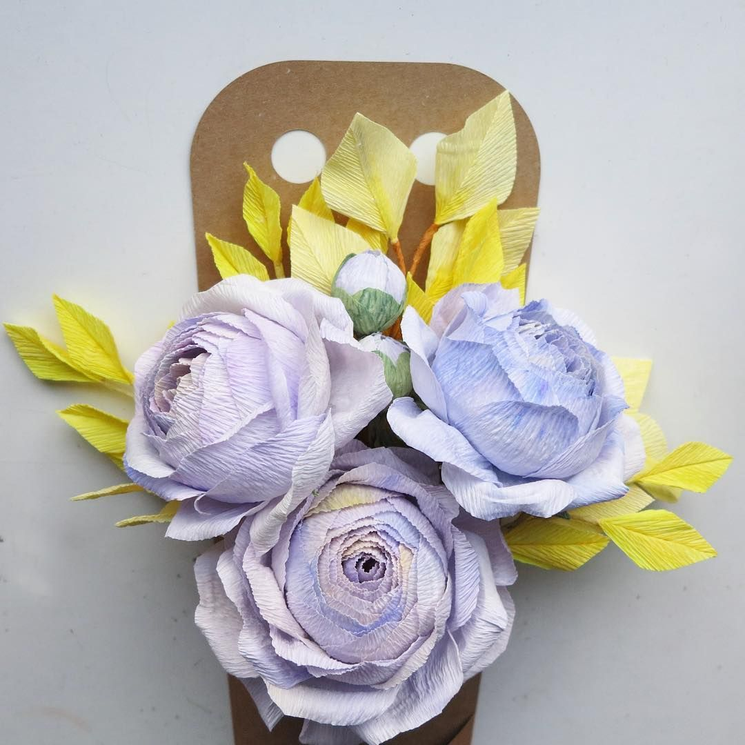 Getting mad with color mixing crepepaper crepepaperflowers