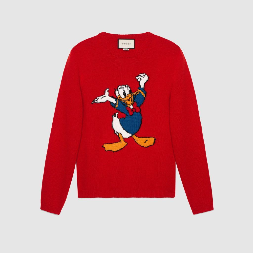 Red Donald Duck sweater worn by the celebrites - GUCCI x Donald Duck Capsule Collection - Disney Style Blog - Fashion