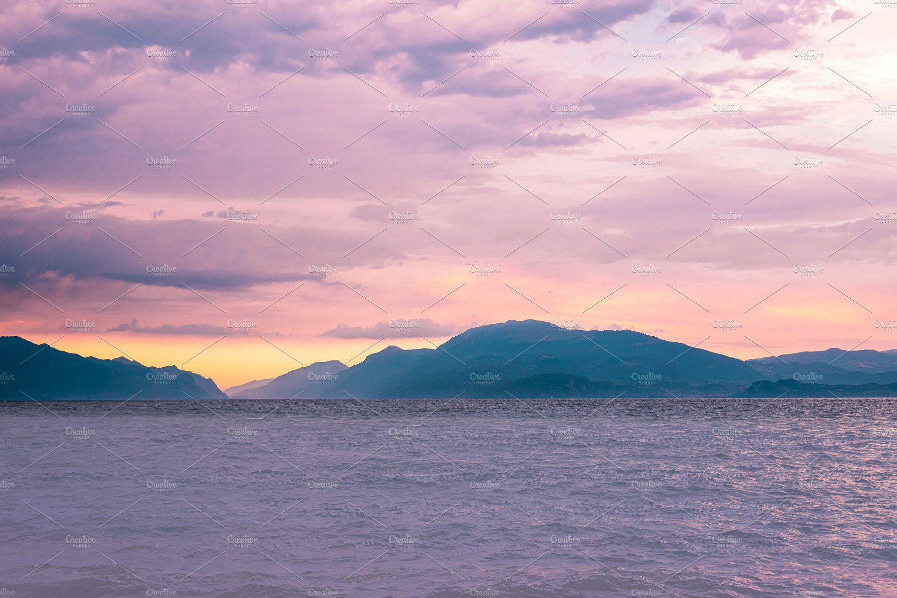 Sunset Behind The Mountains In 2020 Landscape Photography Nature Landscape Mountain Landscape