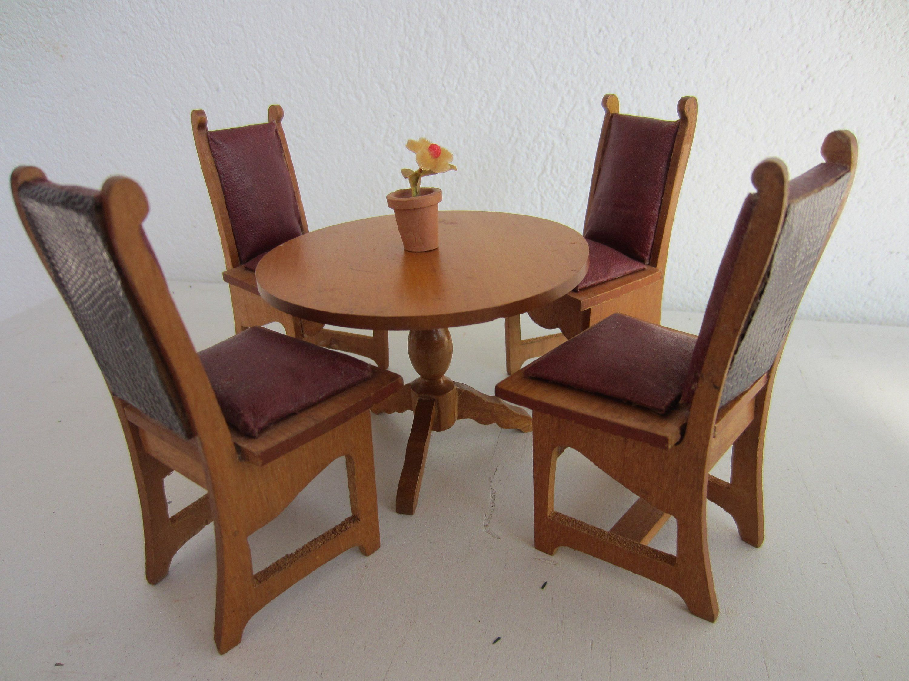 Schneegass Table And Four Chairs For The Dollhouse Chair Table