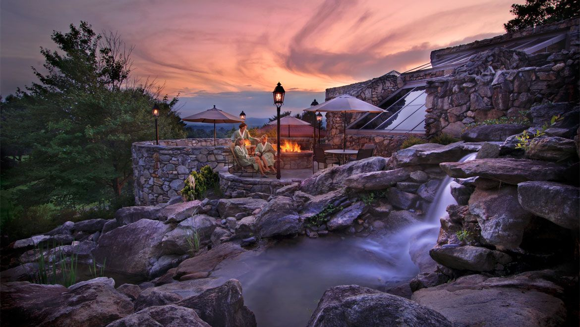 The Omni Grove Park Inn Is A Historic Site In Asheville Plan Your Road Trip To Nc With Roadtrippers