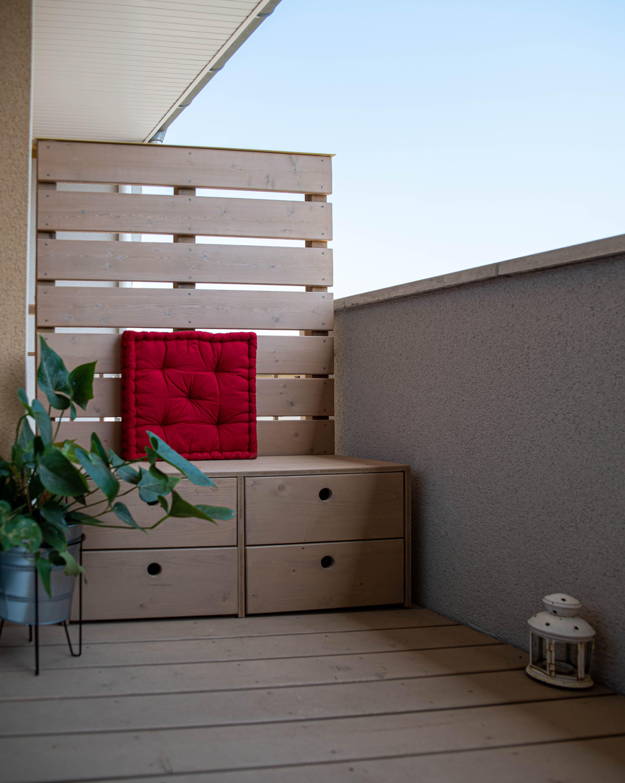 Balcon, claustra et banc assorties | Rangement balcon, Claustra, Banc de rangement