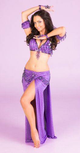 8cef9df671 Pin de alborada en danza oriental violeta