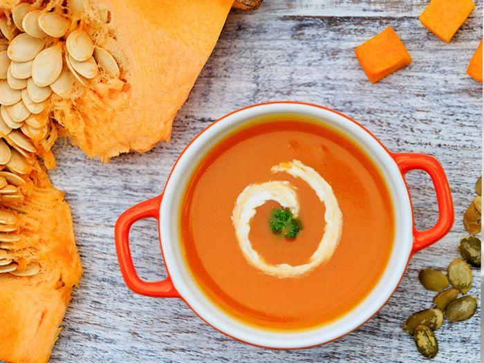 Receta de Sopa de calabaza y curry con crocante de lentejas – elgourmet – Çorba Tarifleri