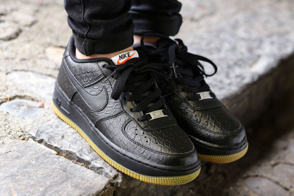 Nike Air Force 1 Low GS Black Croc  Gum
