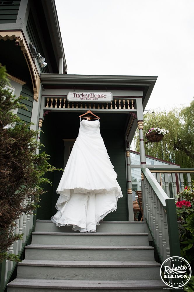 The dress hangs out at the entryway! http://rebeccaelliison.com