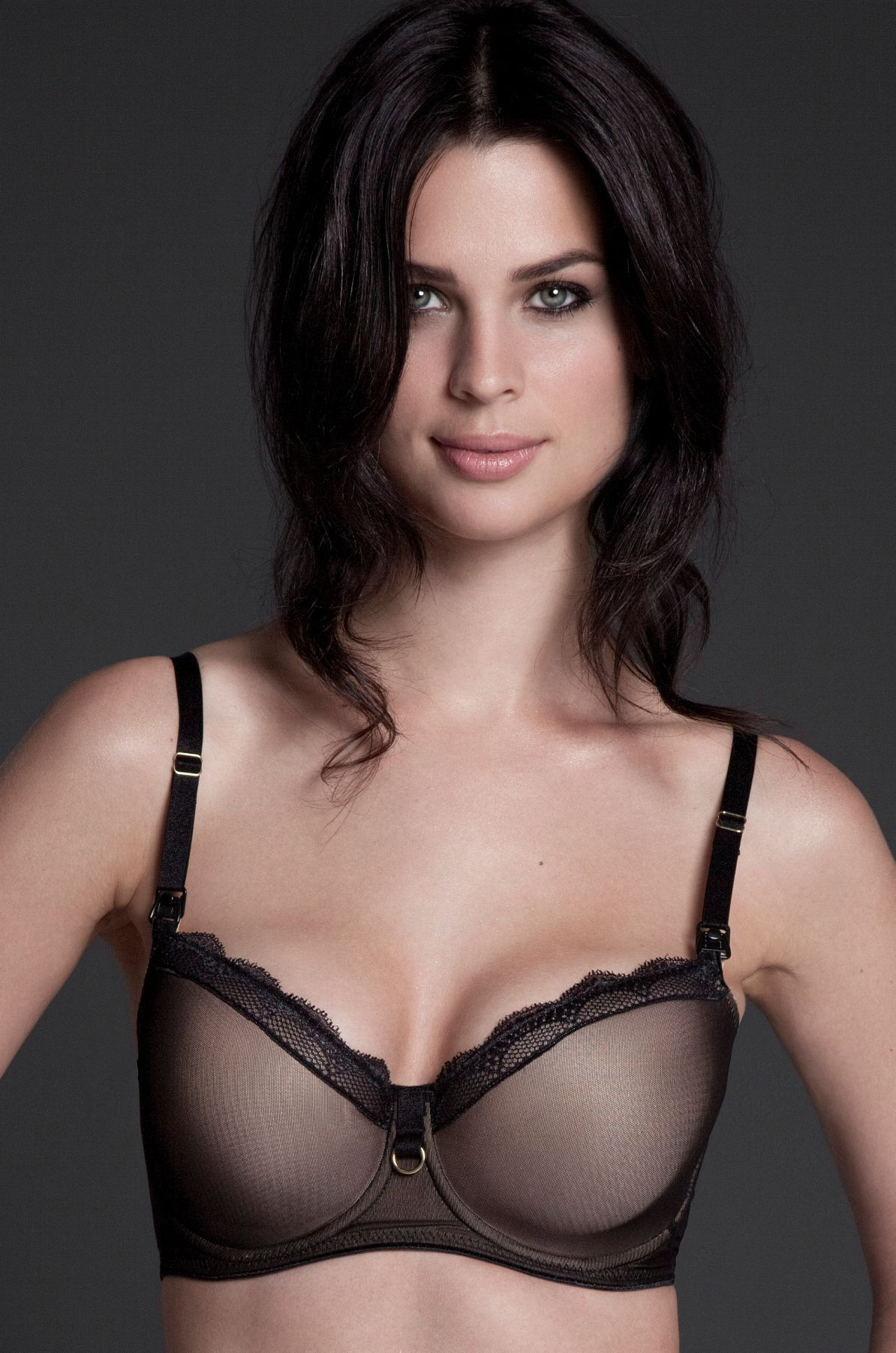 9186e3d2271bf I can not believe this is a nursing bra. Padded so it will hide nursing  pads. need. #bellamaterna #SexyTShirtNursingBra #NursingBras