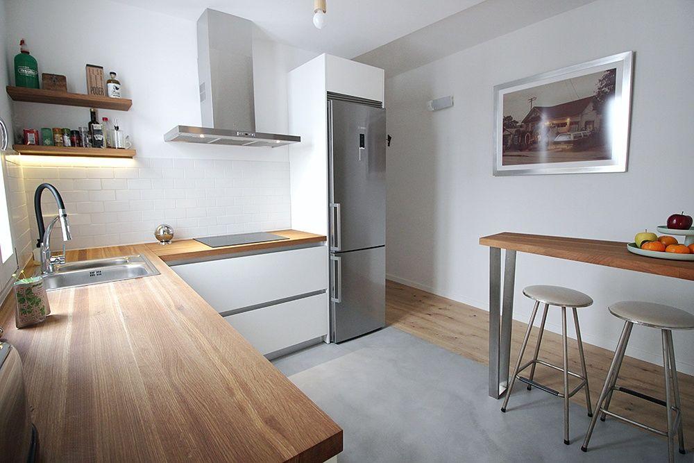 Cocina blanca con encimera de madera blog de l nea 3 - Encimera de madera para cocina ...