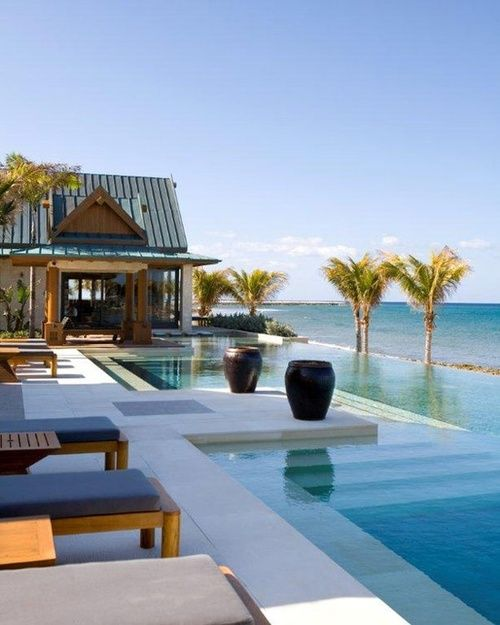 :: Havens South Designs :: loves the pool design at the Nandana Resort in the Bahamas.