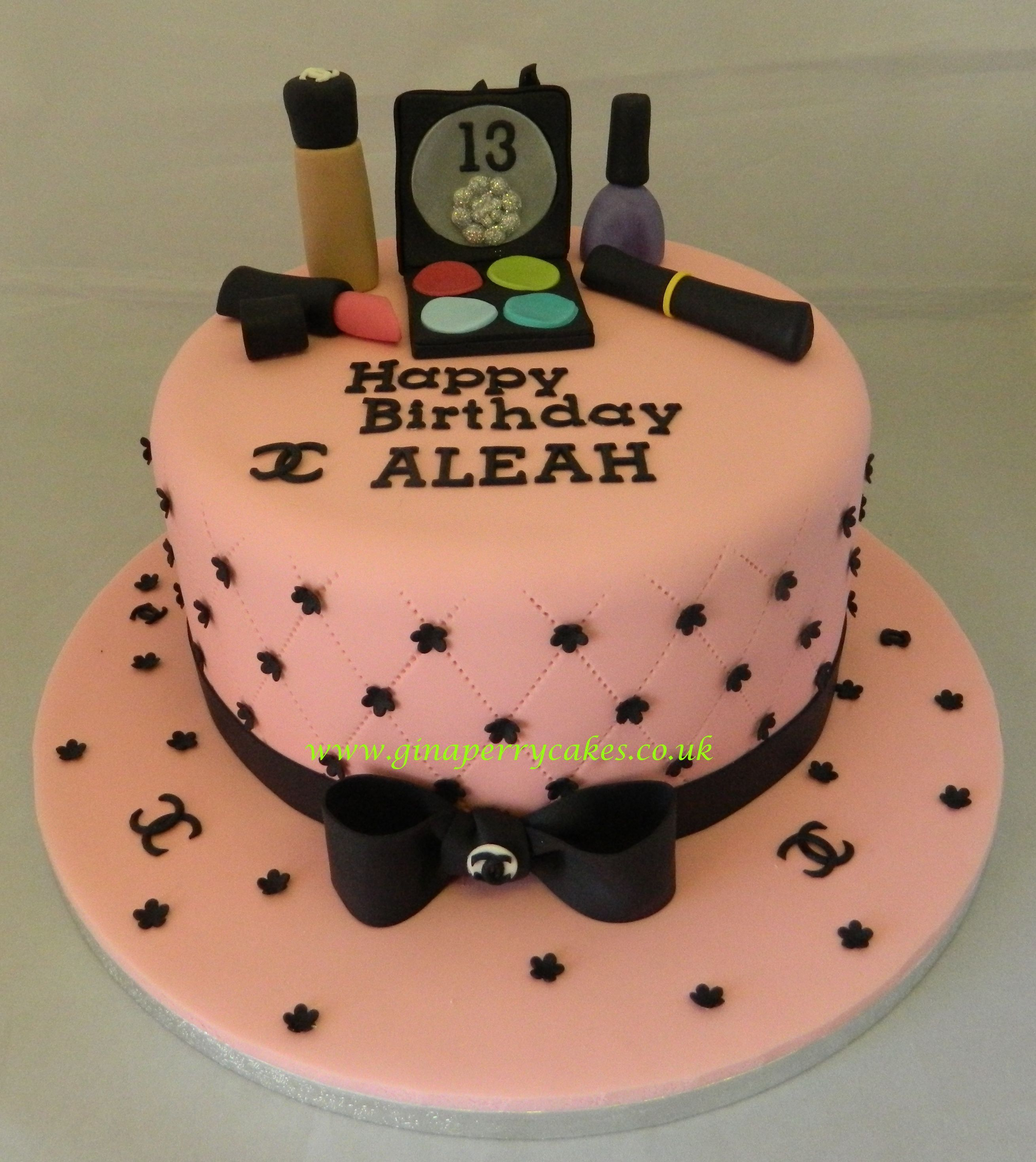 Wondrous Make Up Themed Birthday Cake For A 13 Year Old 13 Birthday Cake Funny Birthday Cards Online Inifodamsfinfo