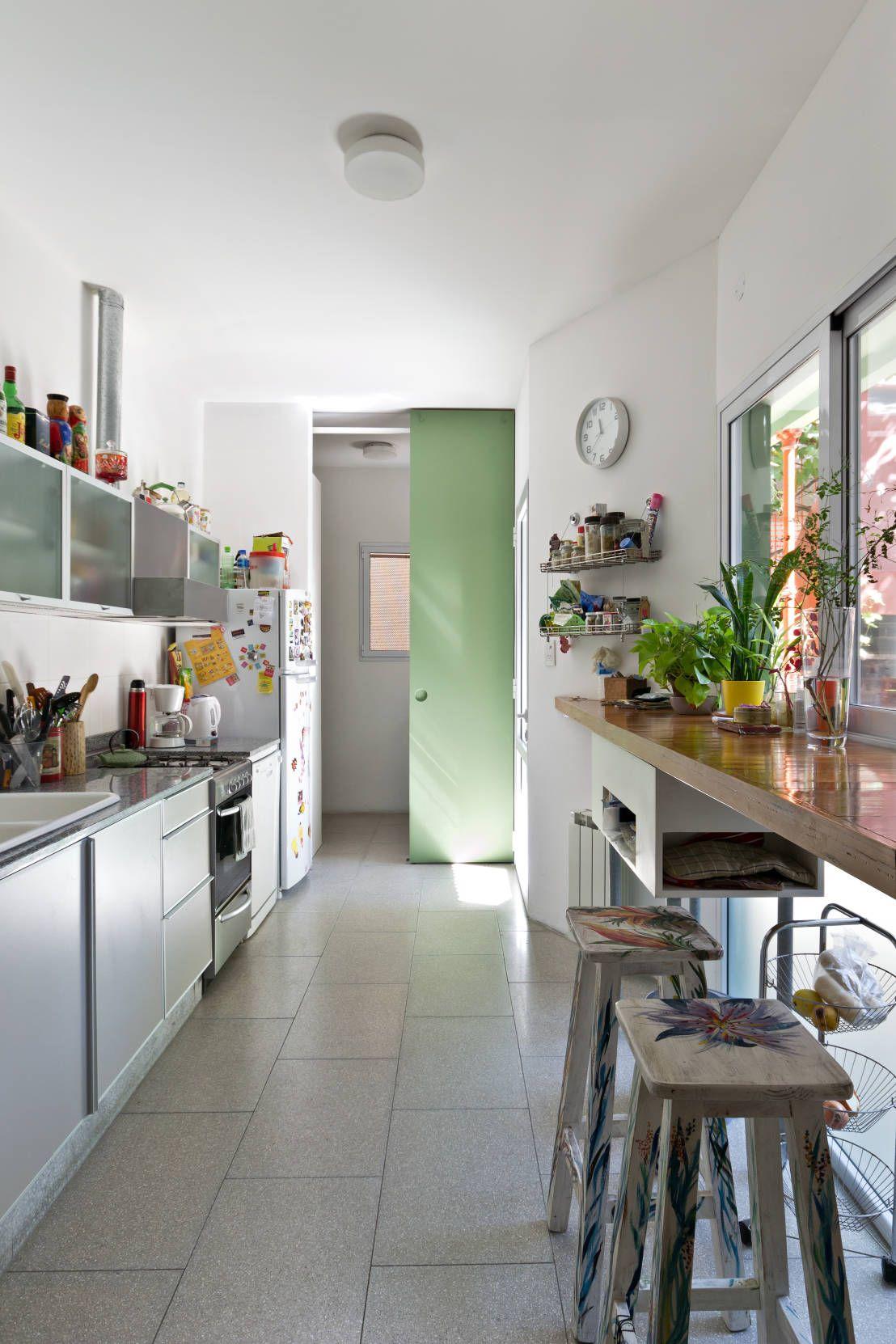 Cocinas estilo galera: Diseños que se adaptan a tu espacio