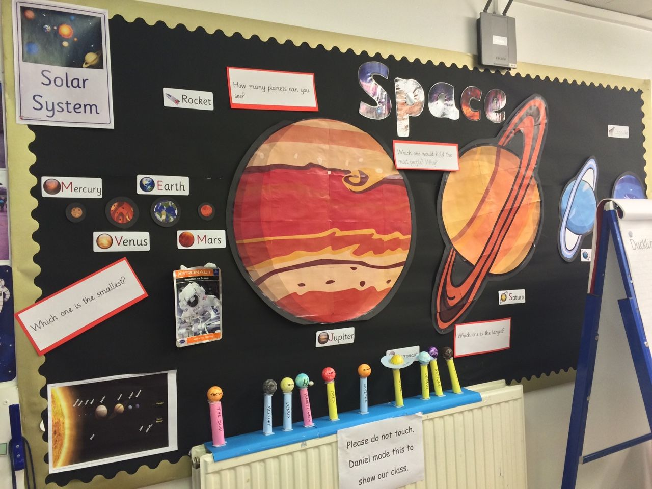 Science Classroom Decorations For Primary : Solar system classroom display for ks year