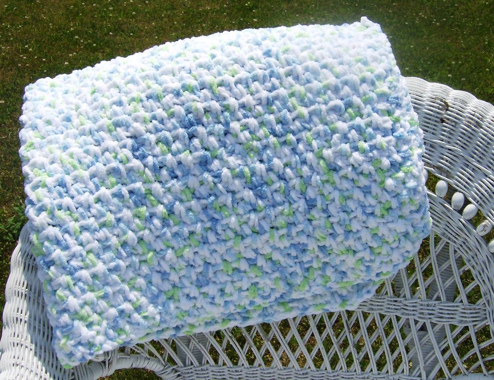 Bernat Baby Blanket Yarn Knitting Patterns : My newest quick and easy crochet pattern using Bernat Baby Blanket Yarn! The ...
