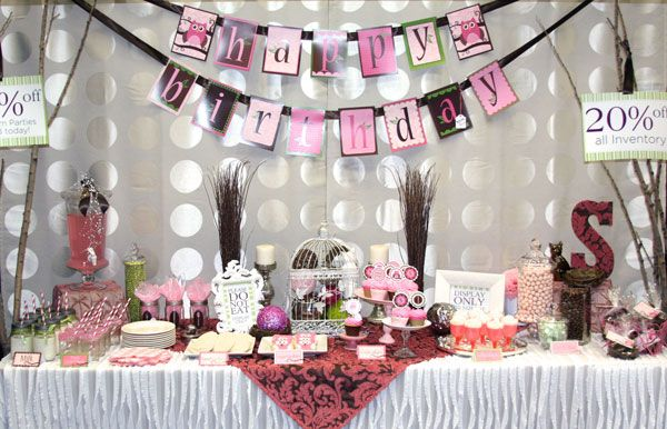 Baby Shower Setup For A Girl ~ Modern owl girl birthday party sample at expo snickerplum