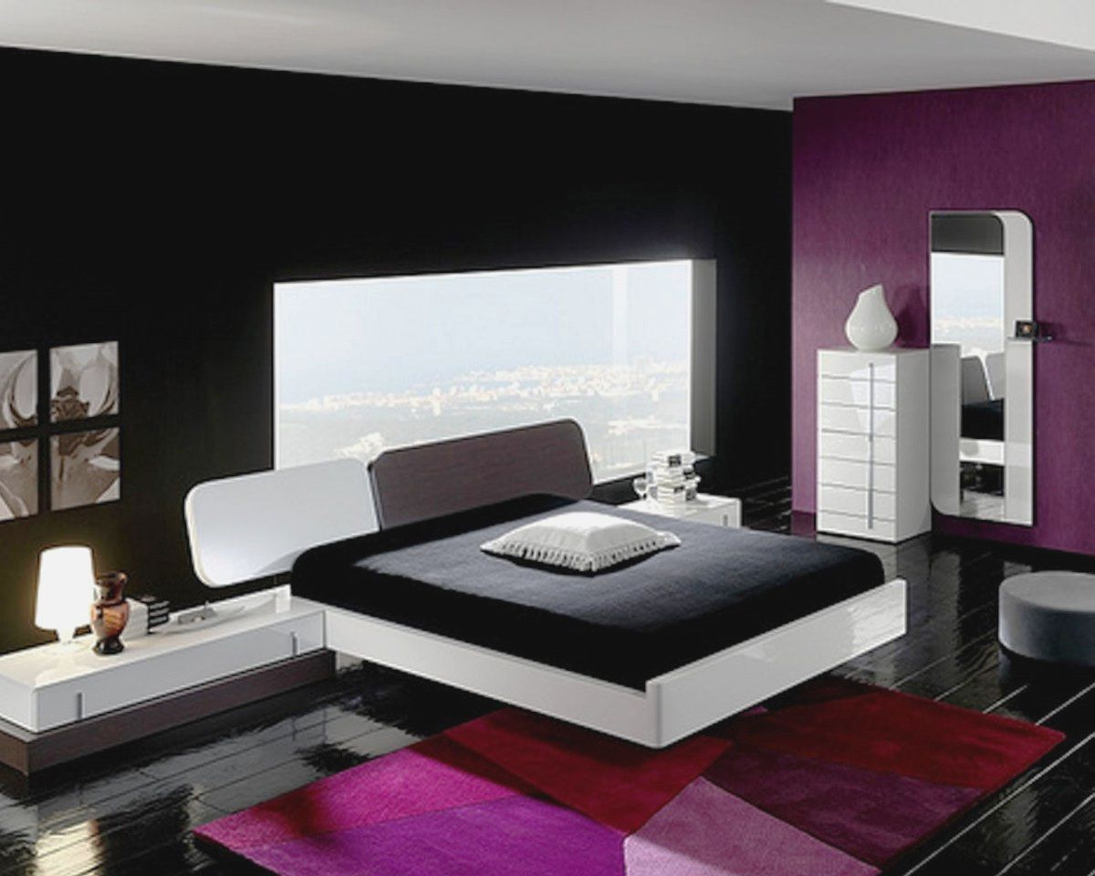 Square Bedroom Layout Ideas more picture Square Bedroom ...