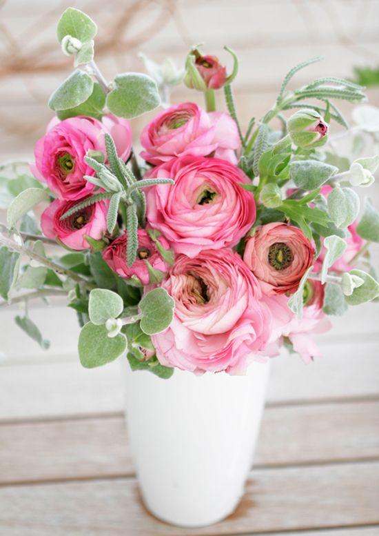 Romantic Ranunculus At Home In Love Flower Arrangements Pretty Flowers Love Flowers