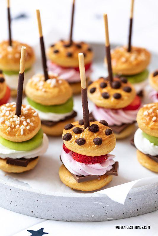 Süße Mini Burger am Mikado Spieß zum Serienabend #essentrinken