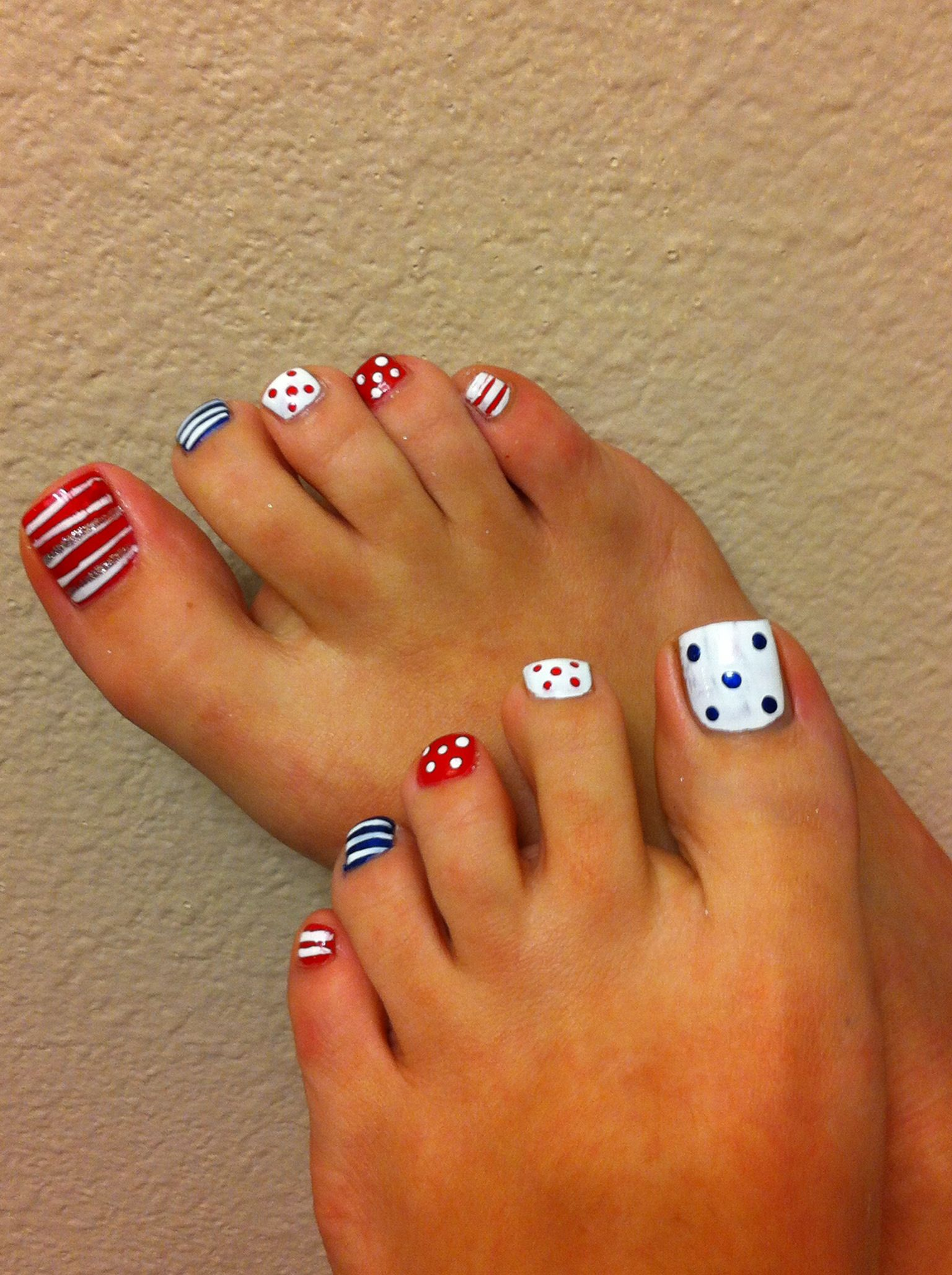 Pin By Severine Guesdon On Pedicures Cute Pedicures Toe Nail Designs Toe Nails
