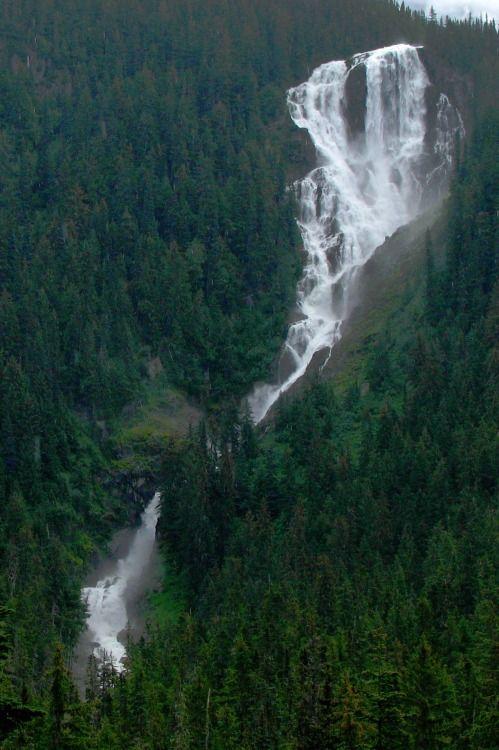Decepticun Odeegard By Dru Beautiful Waterfalls Nature Nature Adventure