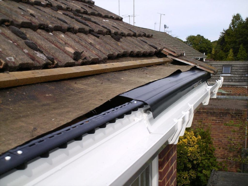 Purpose Of Roofing Felt Under Tiles In 2020 Roofing Felt Roofing Image House