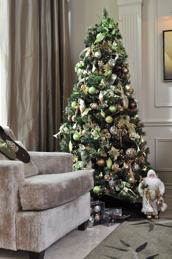 Debbie Travis' Christmas tree tips - Style At Home - Debbie Travis' Christmas Tree Tips - Style At Home Christmas Theme