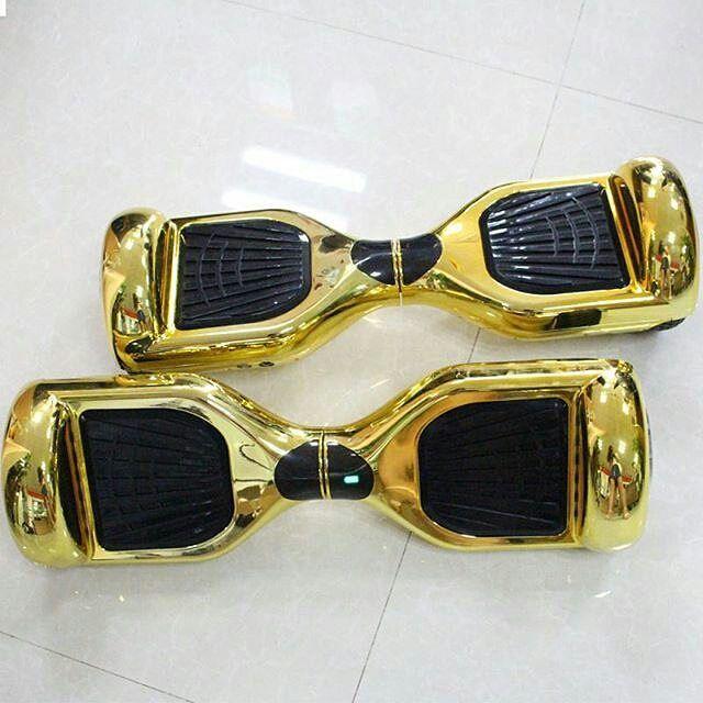 Gold Skateboard Charm