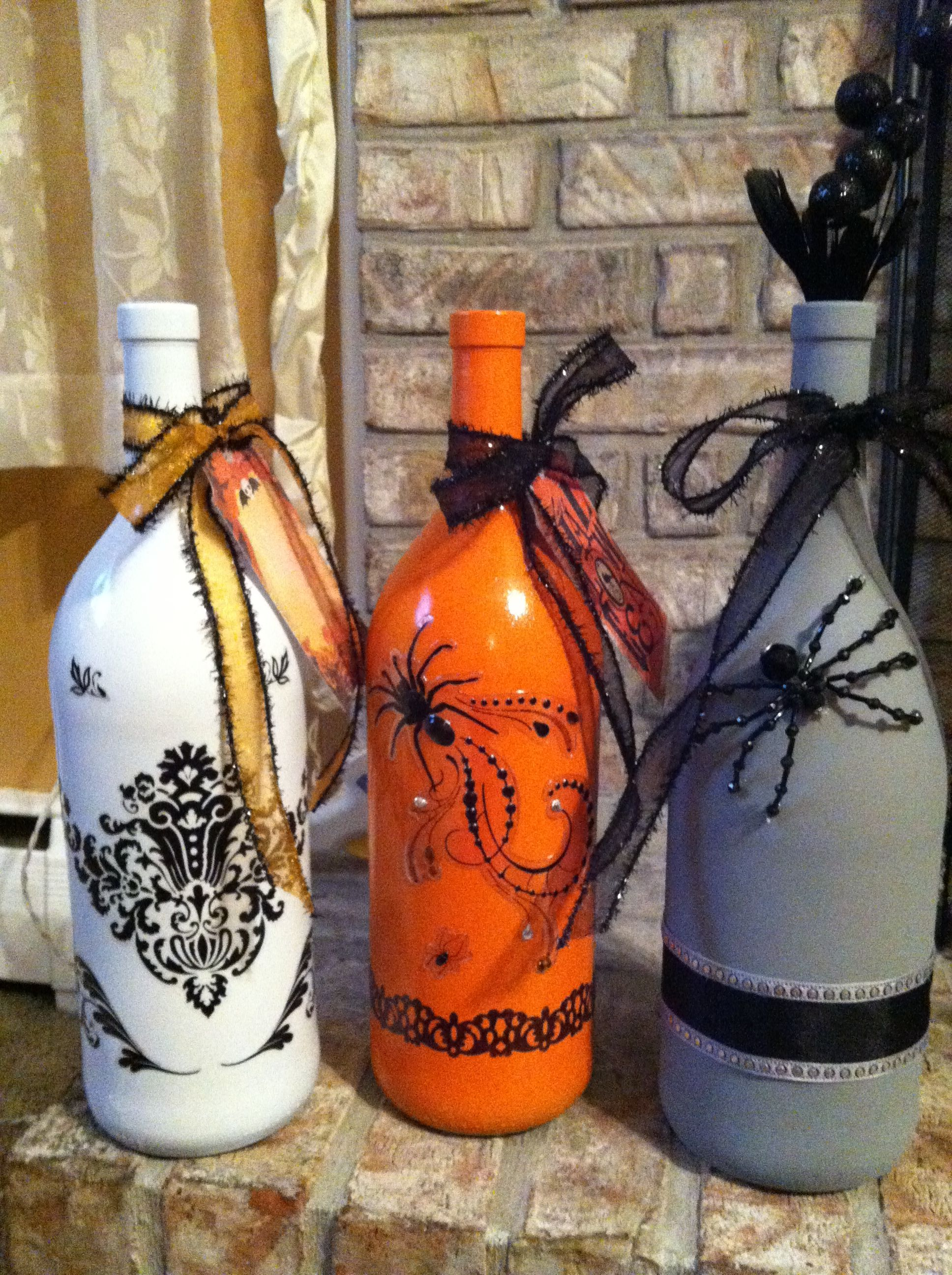 Guess I Need To Finish Up Some Wine So I Can Make These Bottles Lol Halloween Wine Bottles Fall Halloween Decor Bottle Crafts