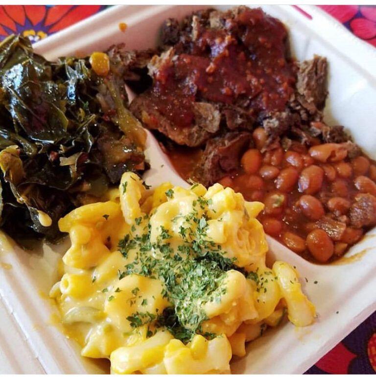 New Oakland Soul Food Spot Reminds Us Vegan Food Is Part Of Black Culture In 2020 Soul Food Dinner Vegan Soul Food Soul Food