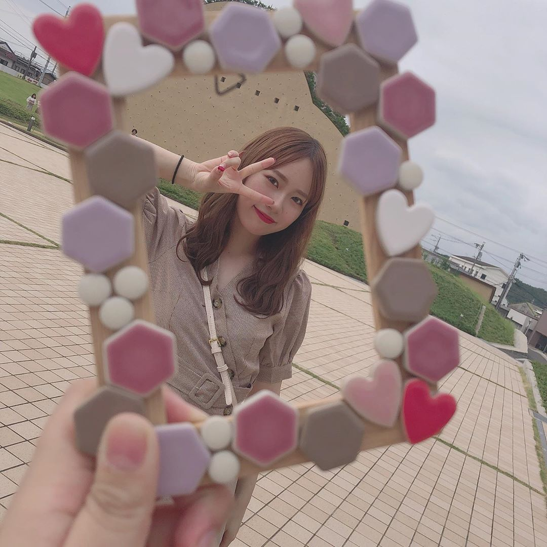 Instagram의 服部 有菜님 岐阜県の多治見にある モザイクタイルミュージアム にお邪魔しました ザ インスタ映え ってところで可愛くてたまらなかった この写真立ては自分で作りました どうですか 笑 岐阜 多治見 モザイクタイル
