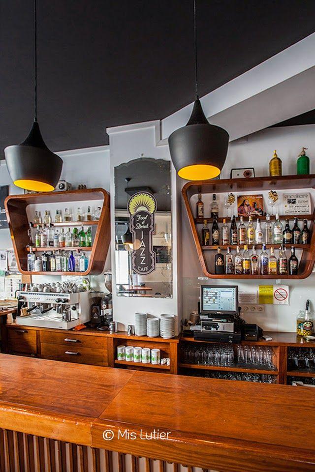 © Mis Lutier: Jazz Café Food & Drink (A Coruña)
