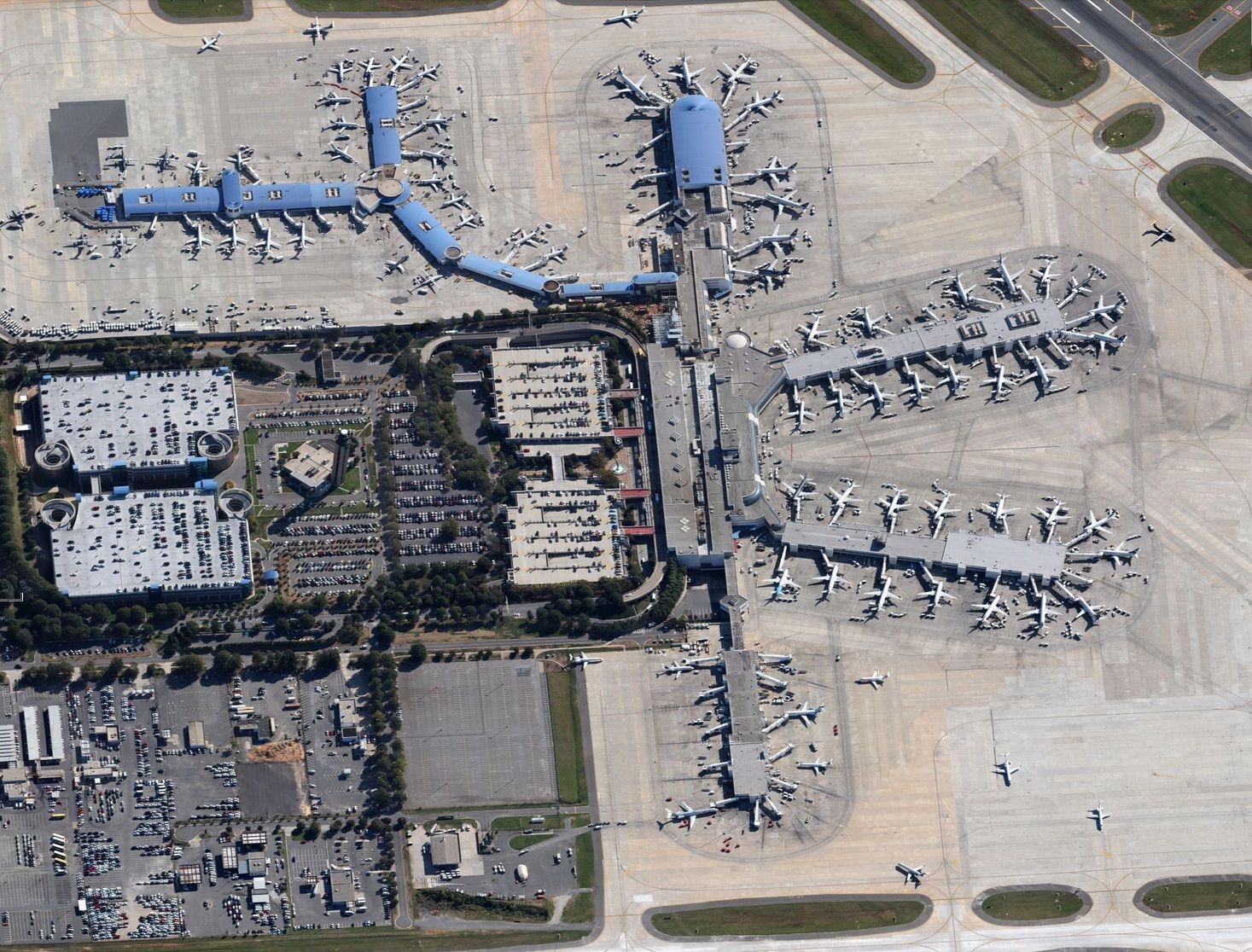 CharlotteDouglas Intl CLT Airport Terminal Aerial View In - Charlotte usa airport map