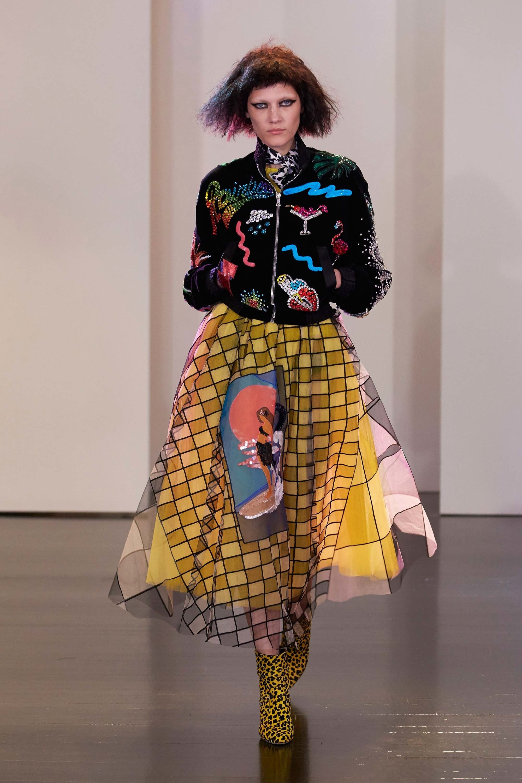 Marc Jacobs Resort 2017 Fashion Show - Liene Podina