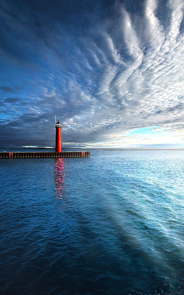 Light House on the shore of Lake Michigan in Kenosha, Wisconsin.