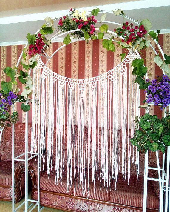 New Hairstyle For Wedding Ceremony: Macramé Hanging With Boho Style. Use As A Wedding Ceremony