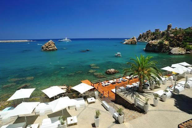 La terrazza sul mare dell\'Hotel Le Calette a #Cefalu ...