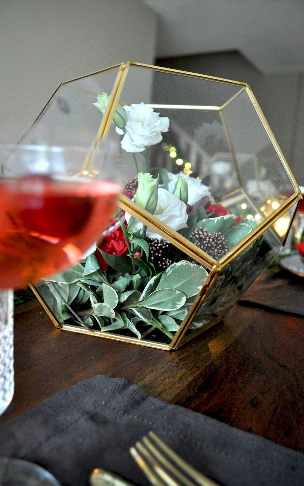 Elegant + Easy Christmas Table Setting Inspiration