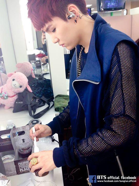 Photo of *Genius Yoonie*