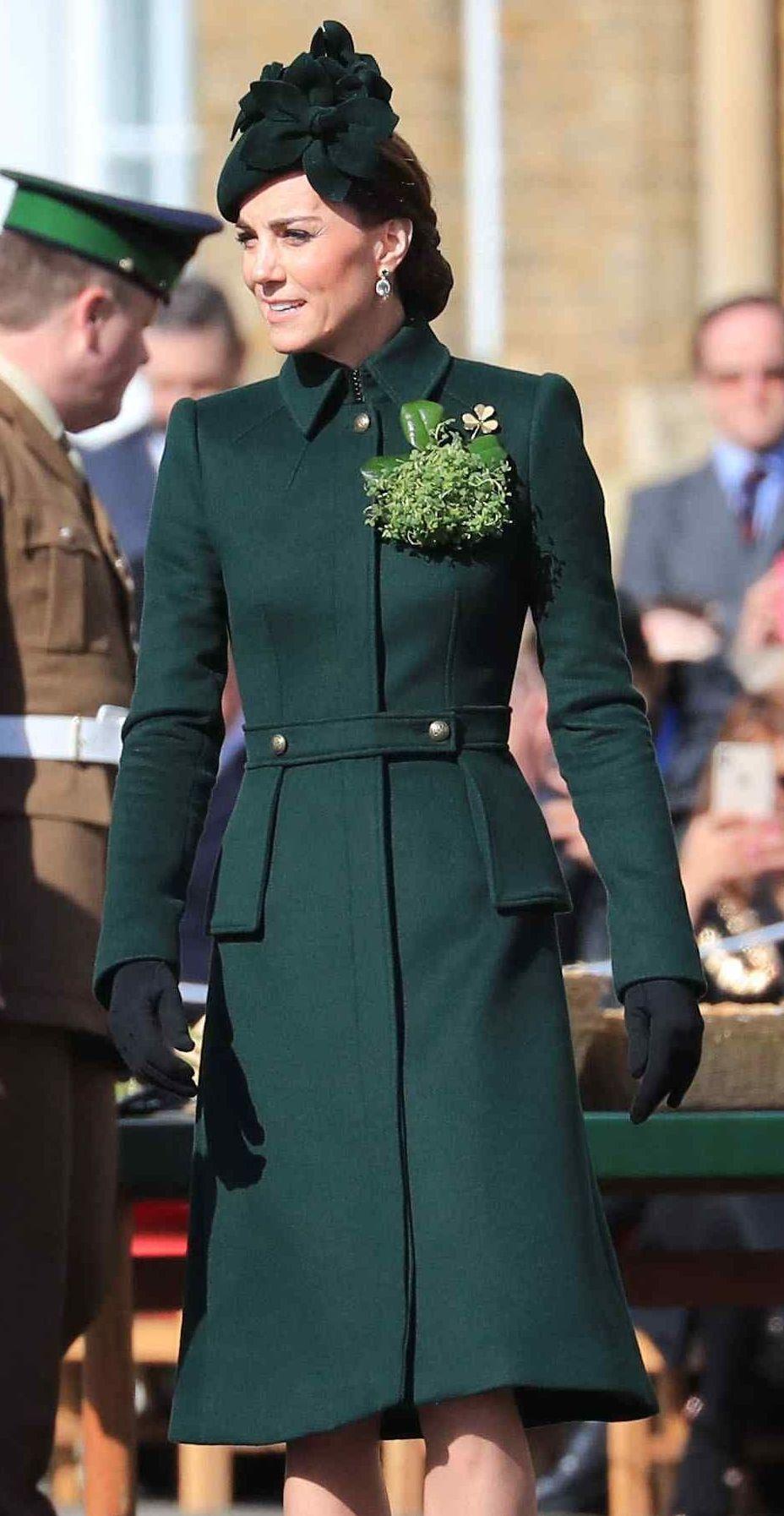 Alexander mcqueen green military coat royal clothing