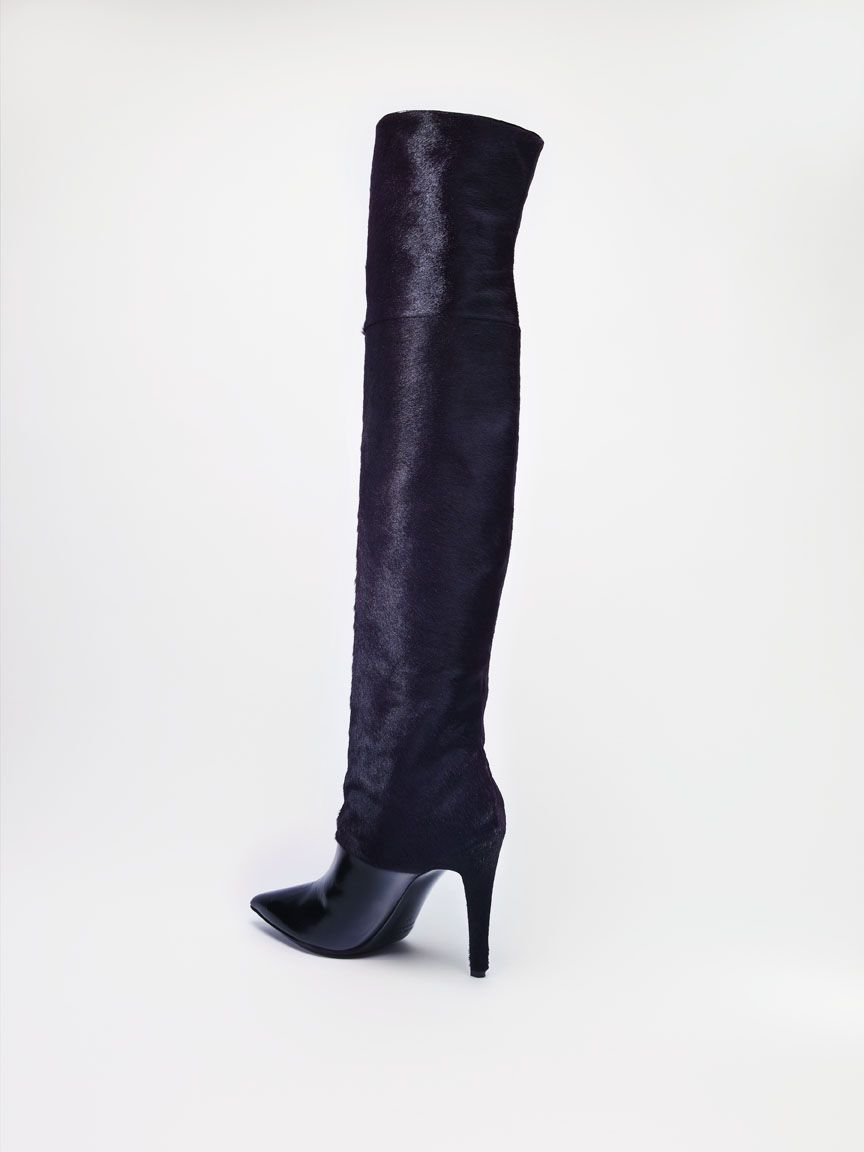 Pierre Hardy Boot The Bay Pin to Win Contest: http://www.facebook.com/HudsonsBayCompany/app_140063116138390