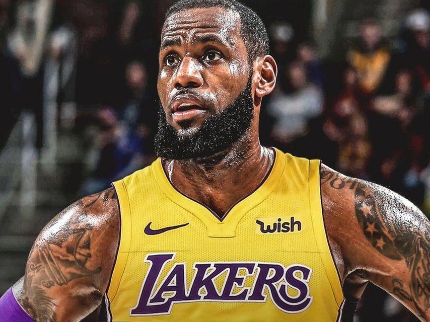 Lebron James Y Otros Cinco Traspasos Sonados De Los Angeles Lakers Lebron James King Lebron James King Lebron