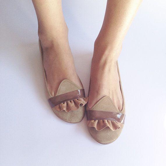 The Ruffled Loafers  Handmade Leather Flat Shoes di elehandmade, $168.00