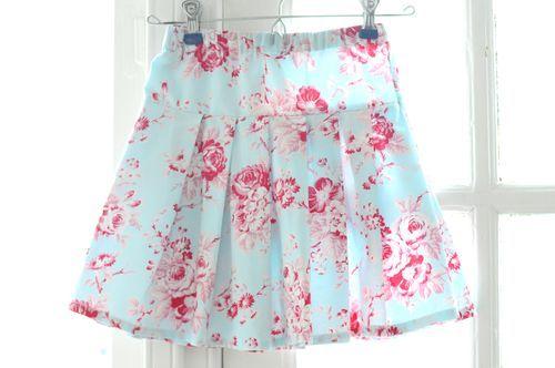 Burda burda style pattern b6430 misses' pleated skirts.