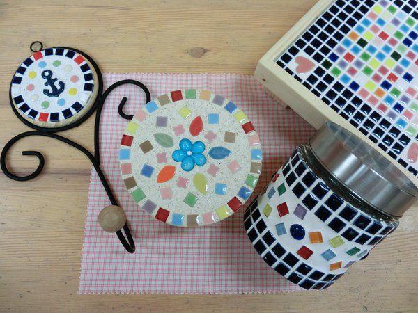タイルクラフトが楽しい ナチュラルなおしゃれ雑貨をdiy Iemo イエモ Tile Crafts Handmade Crafts