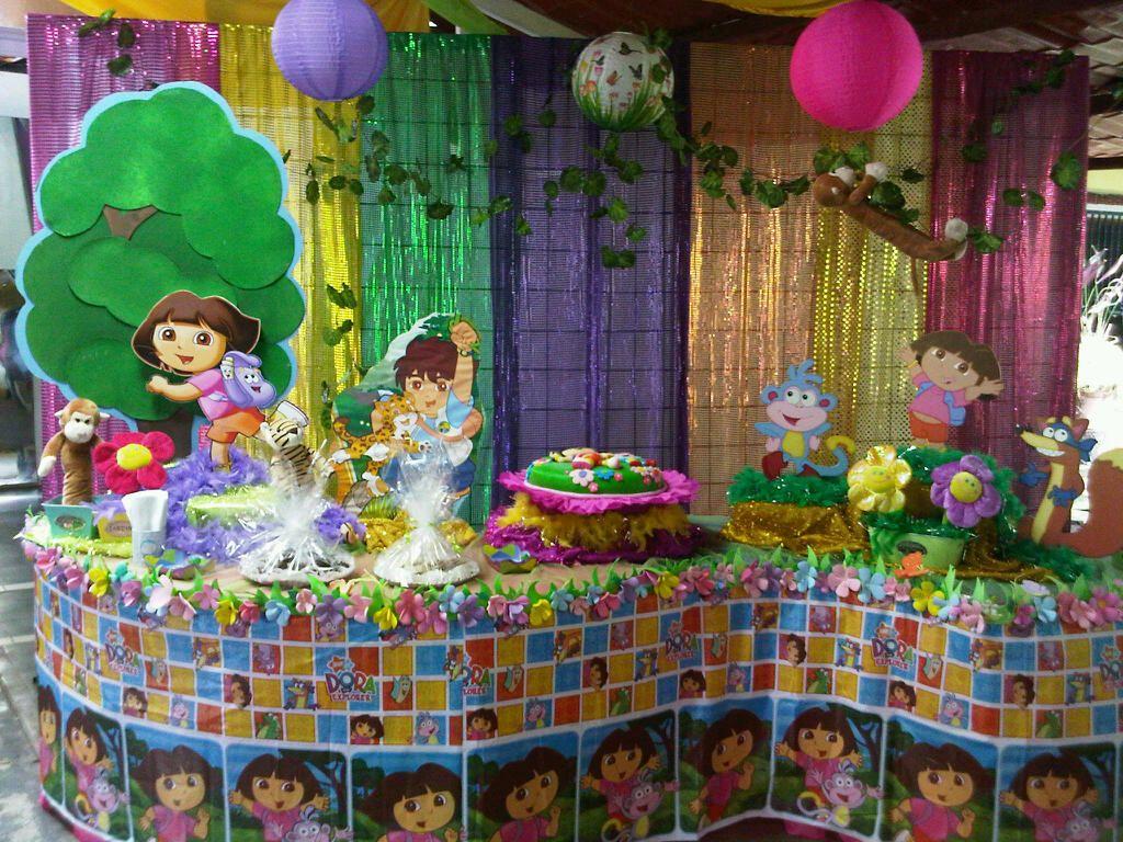 Dora la exploradora dora decoracion fiesta fiestas for Decoracion de mesas dulces infantiles