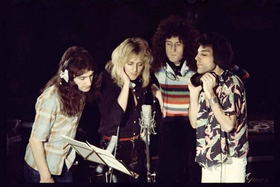 "Recording ""somebody to love"""
